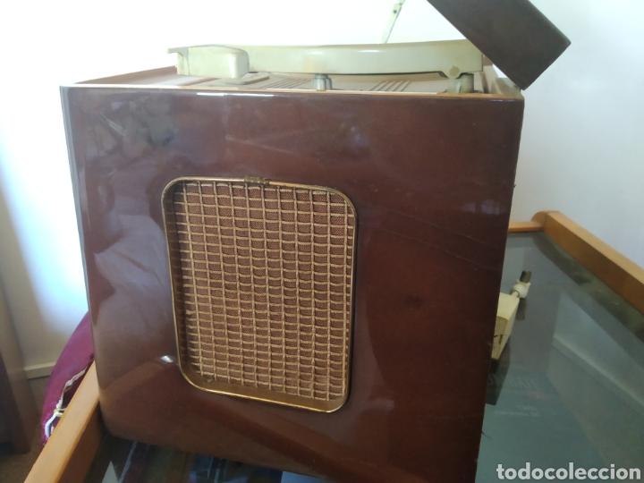 Radios de válvulas: Radio tocadiscos Iberia - Foto 5 - 159471741