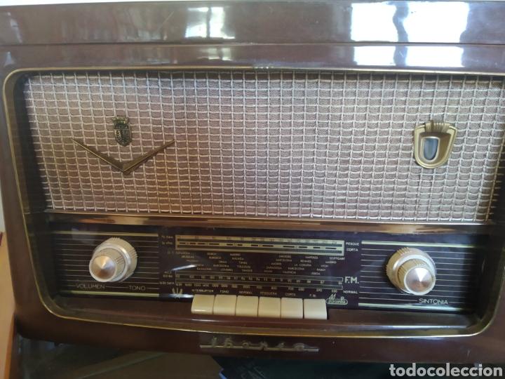 Radios de válvulas: Radio tocadiscos Iberia - Foto 6 - 159471741