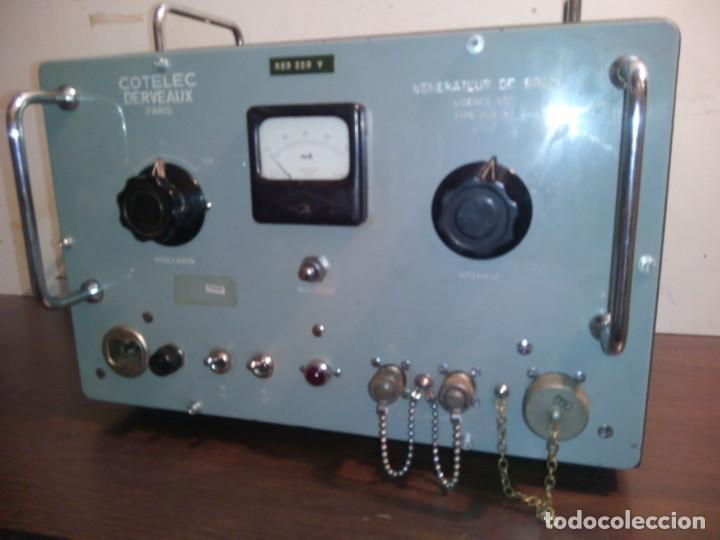 RADIO MILITAR. GENERADOR DE SEÑALES. COTELEC DERVEAUX (Radios, Gramófonos, Grabadoras y Otros - Radios de Válvulas)