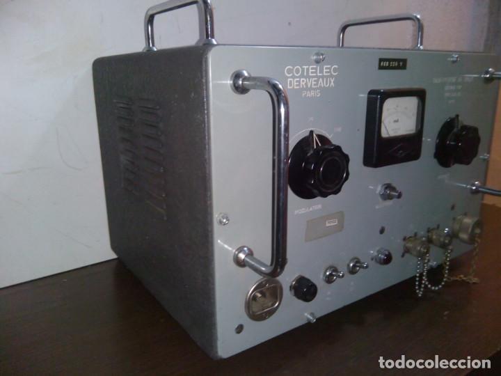 Radios de válvulas: Radio Militar. Generador de señales. COTELEC DERVEAUX - Foto 2 - 159753258