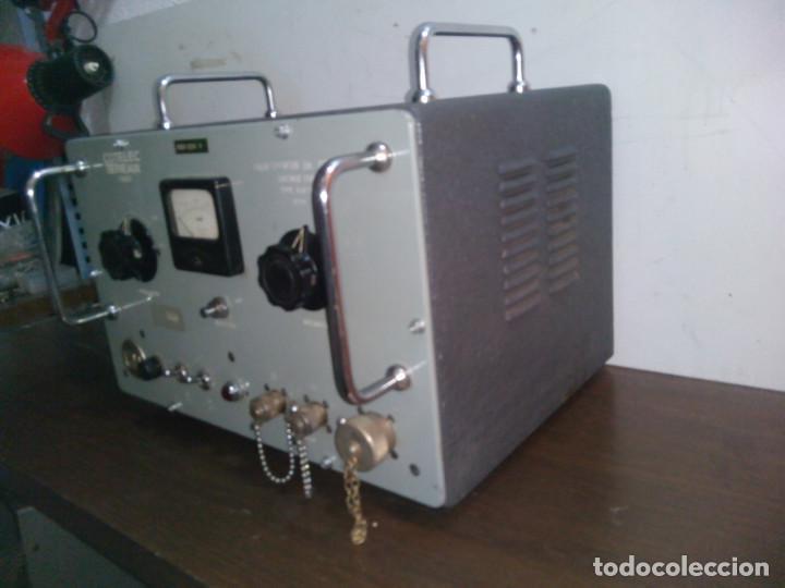 Radios de válvulas: Radio Militar. Generador de señales. COTELEC DERVEAUX - Foto 3 - 159753258