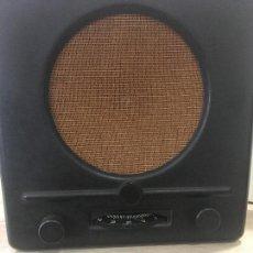Radios de válvulas: ANTIGUA RADIO ALEMANA DE BAKELITA SEGUNDA GUERRA MUNDIAL DEUTSCHER KLEINEMPFÄNGER. DE 1938 FUNCIONA. Lote 160217406