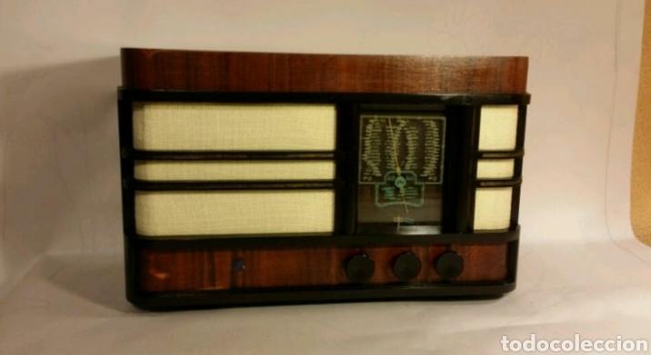 RADIO RADIOLA (Radios, Gramófonos, Grabadoras y Otros - Radios de Válvulas)