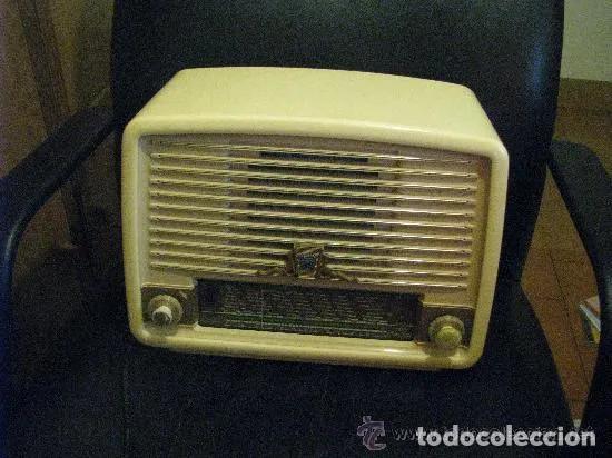 ANTIGUA RADIO // RADIOLA // FUNCIONAMIENTO (Radios, Gramófonos, Grabadoras y Otros - Radios de Válvulas)