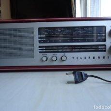 Radios de válvulas: RADIO MODELO CAMPANELA DE TELEFUNQUEN EN COLOR ROJO. Lote 163961030