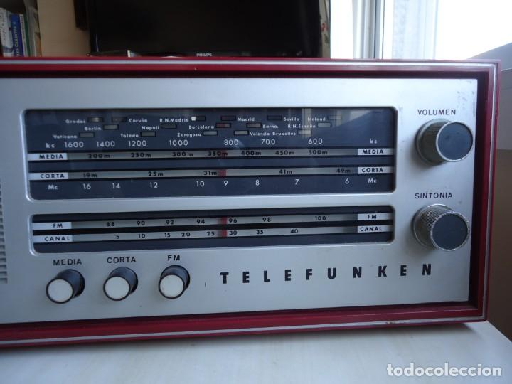 Radios de válvulas: RADIO MODELO CAMPANELA DE TELEFUNQUEN EN COLOR ROJO - Foto 5 - 163961030