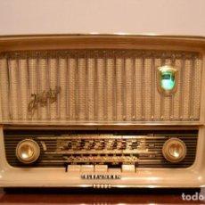Radios à lampes: RADIO ANTIGUA TELEFUNKEN JUBILATE. 12 MESES DE GARANTIA. TOTALMENTE REVISADA Y GARANTIZADA. Lote 164468502