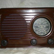 Radios de válvulas: RADIO ASKAR 437U - 1948 - BAQUELITA - 125V - FUNCIONA - ASCAR. Lote 165127006