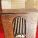Radios de válvulas: INCREÍBLE RADIO ANTIGUA. Lote 165223534