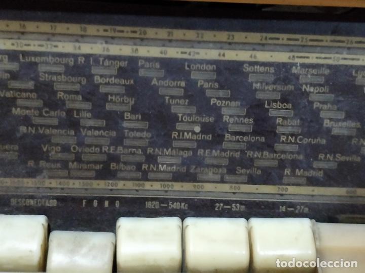 Radios de válvulas: Radio TELEFUNKEN 6 válvulas 40.5 x 18.5 x 29cm - Foto 3 - 167650220
