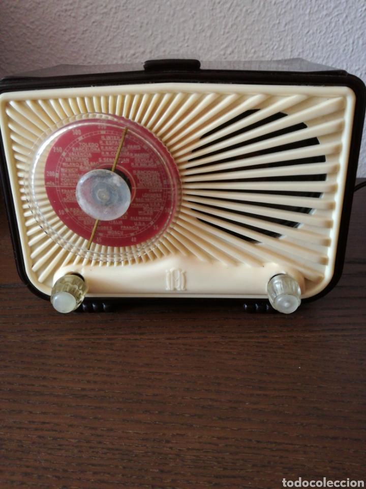 APARATO DE RADIO MARCA MADRID RADIO MOD59 (Radios, Gramófonos, Grabadoras y Otros - Radios de Válvulas)