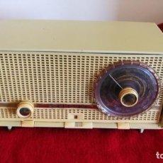 Radios de válvulas: RADIO PHILIPS PHILITINA, AÑO 1962, FM, 220 V. FUNCIONANDO PERFECTA (VIDEO). Lote 168383580