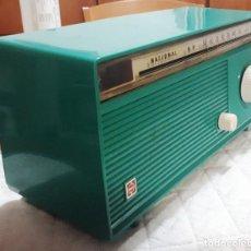 Radios de válvulas: RADIO NATIONAL GU-162 U FUNCIONANDO CORRECTAMENTE A 220 V. VER VIDEO. Lote 168852784