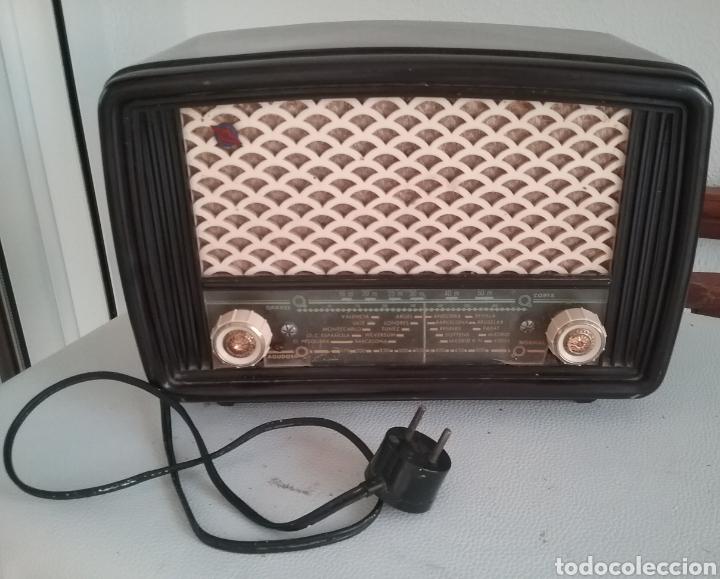 RADIO DE VÁLVULAS MARCA ASKAR MOD. 446-U. (Radios, Gramófonos, Grabadoras y Otros - Radios de Válvulas)