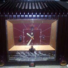 Radios de válvulas: RADIO/RELOJ, PHILIPS BF 332 A FUNCIONANDO (RARO Y ESCASO). Lote 169108054