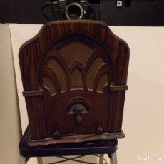 Radios à lampes: GRAN RADIO CAPILLA BAYONA AHORA NO FUNCIONA. Lote 169666568