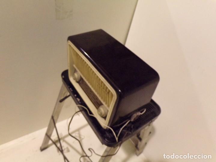 Radios de válvulas: antigua radio invicta modelo 5211 - Foto 5 - 186320921