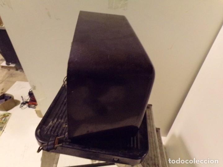 Radios de válvulas: antigua radio invicta modelo 5211 - Foto 7 - 186320921