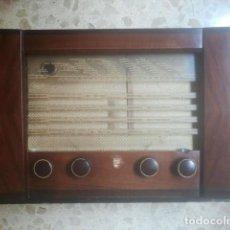 Radios à lampes: ANTIGUA RADIO DE VÁLVULAS - PHILIPS BE-492-A - AÑO 1950 - CON TODA SU DOCUMENTACIÓN. Lote 169978616