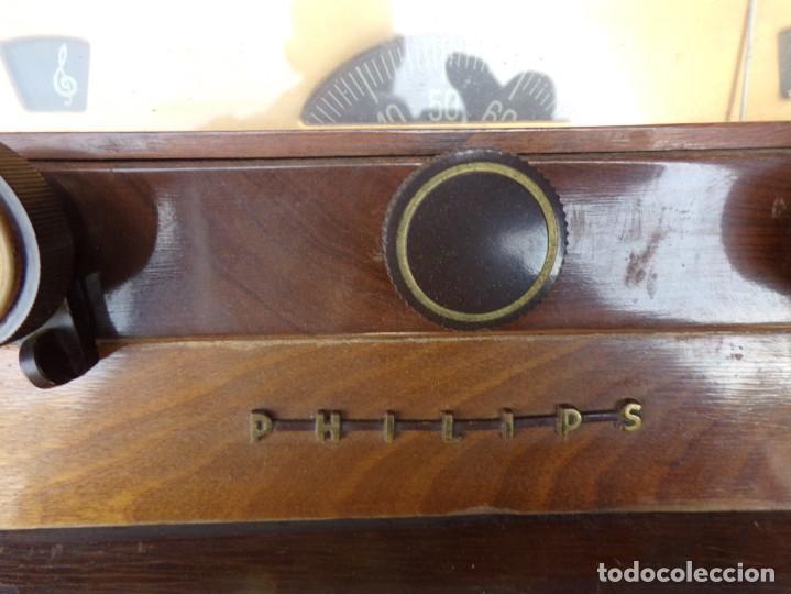 Radios de válvulas: mueble radio tocadiscos fhillips recoger provincia barcelona - Foto 7 - 171167468