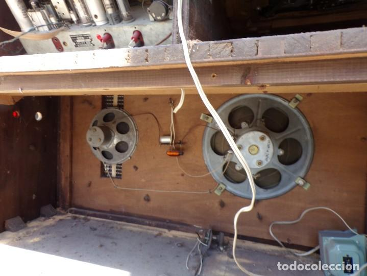 Radios de válvulas: mueble radio tocadiscos fhillips recoger provincia barcelona - Foto 15 - 171167468