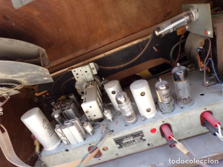 Radios de válvulas: mueble radio tocadiscos fhillips recoger provincia barcelona - Foto 17 - 171167468