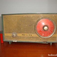 Radios de válvulas: DIFICIL RADIO VALVULAS PHILIPS BAQUELITA VER FOTOS. Lote 171321970