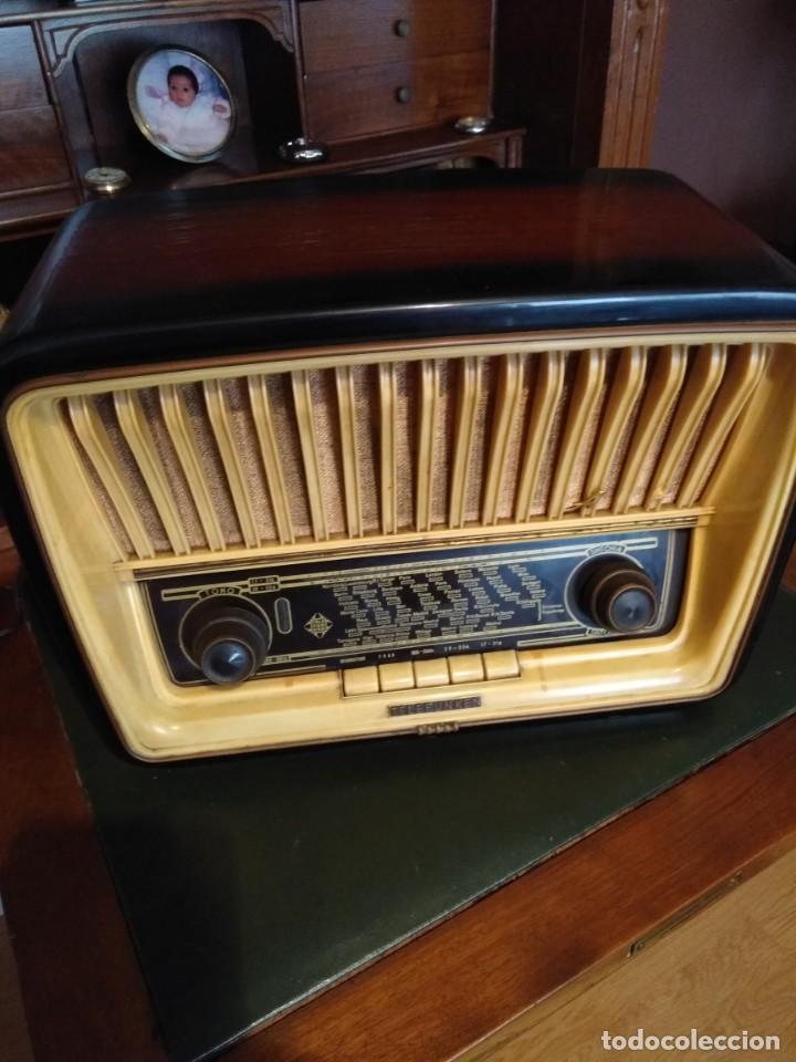 RADIO DE VÁLVULAS TELEFUNKEN ADAGIO, DESCONOZCO SI FUNCIONA (Radios, Gramófonos, Grabadoras y Otros - Radios de Válvulas)