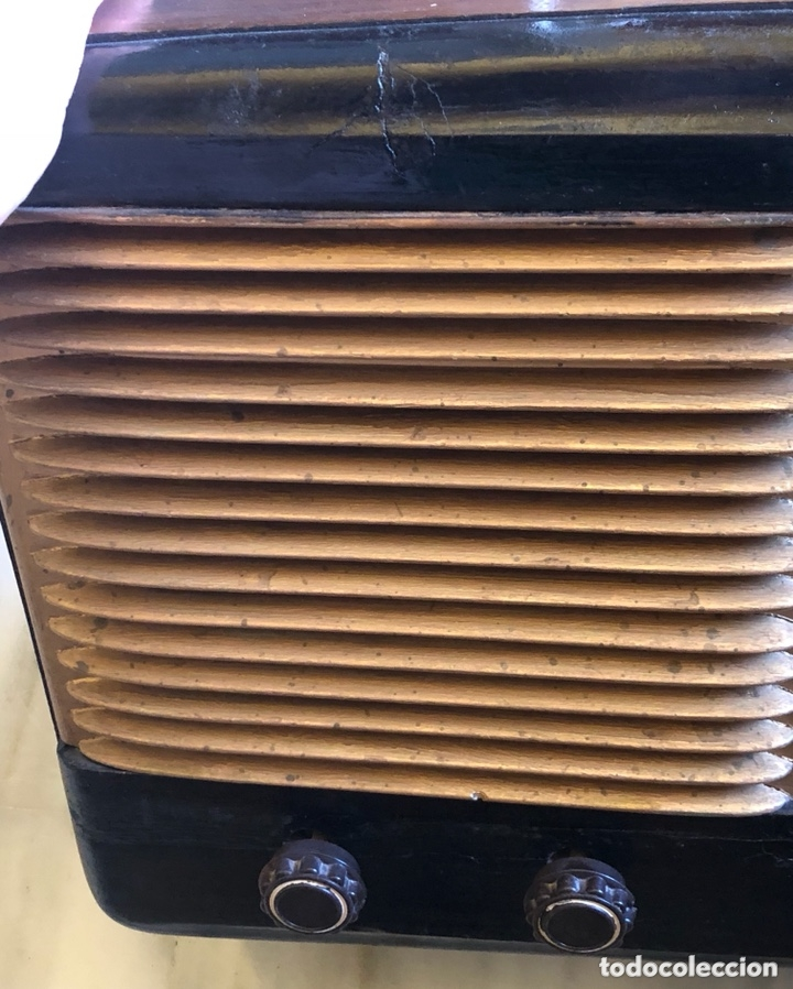 Radios de válvulas: Bonita radio marca invicta - Foto 3 - 172612574