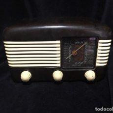 Radios de válvulas: RADIO DE BAQUELITA TESLA 306 U TALISMAN,. Lote 172615118