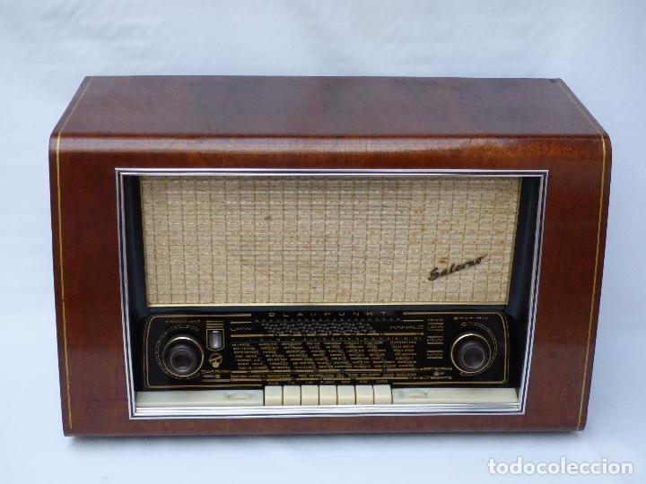 Radios de válvulas: Antigua radio de válvulas BLAUPUNKT, modelo SALERNO buen estado, funcionando (ver vídeo) - Foto 4 - 173235855