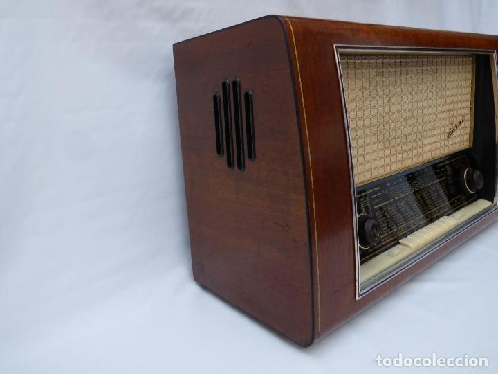 Radios de válvulas: Antigua radio de válvulas BLAUPUNKT, modelo SALERNO buen estado, funcionando (ver vídeo) - Foto 8 - 173235855