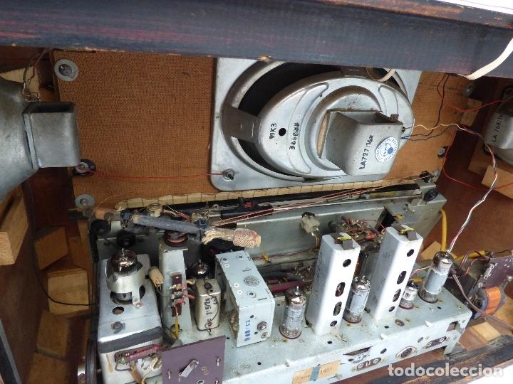 Radios de válvulas: Antigua radio de válvulas BLAUPUNKT, modelo SALERNO buen estado, funcionando (ver vídeo) - Foto 15 - 173235855