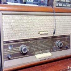 Radios de válvulas: RADIO A VALVULAS PHILIPS B6E83A. Lote 173453282