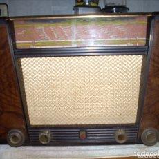 Radios de válvulas: RADIO PHILIPS BX 400 A, FUNCIONANDO, AÑO 1950. Lote 173866540