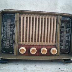 Radios de válvulas: ANTIGUA RADIO DE VALVULAS FUNCIONANDO. Lote 174089270