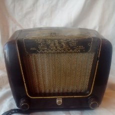 Radios de válvulas: RADIO PHILETA PEINETA MARCA PHILIPS MOD BE-292-U. Lote 174433767