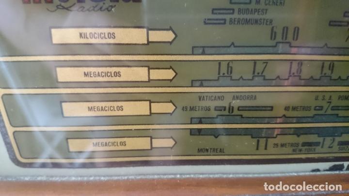 Radios de válvulas: RADIO INVICTA 5409 de 1950 CON TRANSFORMADOR Y VOLTIMETRO AÑADIDOS - Foto 15 - 175046688