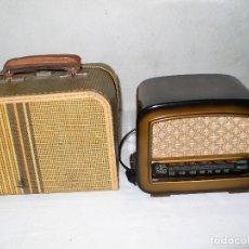 Radios de válvulas: ANTIGUA RADIO MARCA MUNDIAL MODELO MIGNON U CON MALETÍN -FUNCIONA-. Lote 175136425