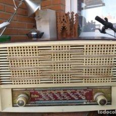 Radios de válvulas: ANTIGUA RADIO DE LAMPARAS O VALVULAS ONDINA - RADIO ELECTRICA SOLE. Lote 175325449