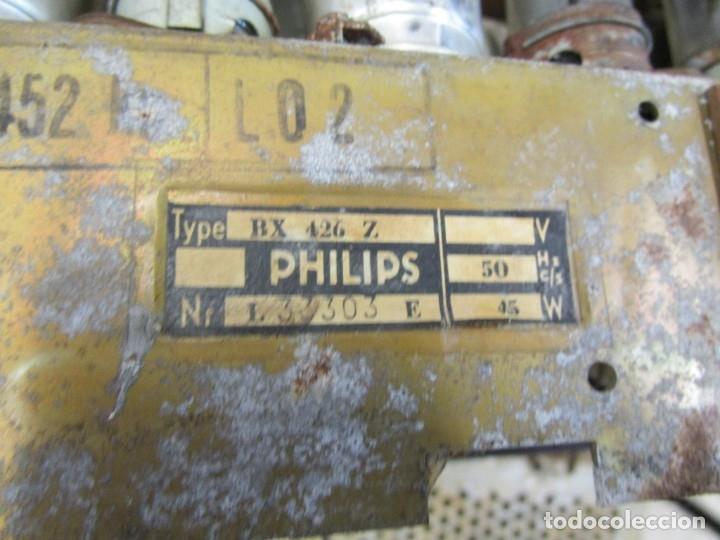 Radios de válvulas: ANTIGUA RADIO PHILIPS A VALVULAS (5) Y BAKELITA 220V - NO FUNCIONA + INFO Y FOTOS 1S - Foto 9 - 175621187