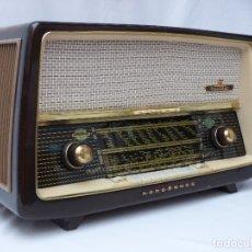 Rádios de válvulas: ANTIGUA RADIO DE VÁLVULAS NORDMENDE, MUY BUEN ESTADO, FUNCIONANDO, GRAN SONIDO (VER VÍDEO). Lote 176065788