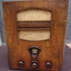 Radios de válvulas: ANTIGUA RADIO PHILIPS. FUNCIONANDO. 220 V. ORIGINAL DE ÉPOCA. AÑOS 30. BUEN ESTADO.. Lote 176076725