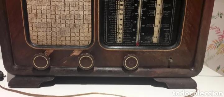 Radios de válvulas: Antigua radio de válvulas Marca Gram Onda corta y normal. En madera maciza gran tamaño 50 x 25 x 37 - Foto 3 - 176204418