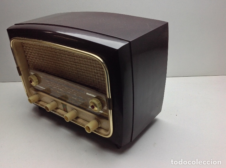 Radios de válvulas: RARA Y PEQUEÑA RADIO MARCA VALPOR RADIO - MODELO DE BAQUELITA - NO PROBADA - Foto 5 - 176476329