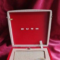 Radios de válvulas: RADIO PORTATIL BUSH BP61, FABRICADA EN 1957, EXCELENTE ESTADO. Lote 177380253