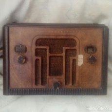 Radios de válvulas: RADIO DE VALVULAS AMERICANA AÑOS 30 RCA. Lote 177467229