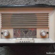 Radios de válvulas: ANTIGUA RADIO ASKAR-MEDIDAS ALTO 20 CMS Y ANCHO 29 CMS-FUNCIONA. Lote 178227822
