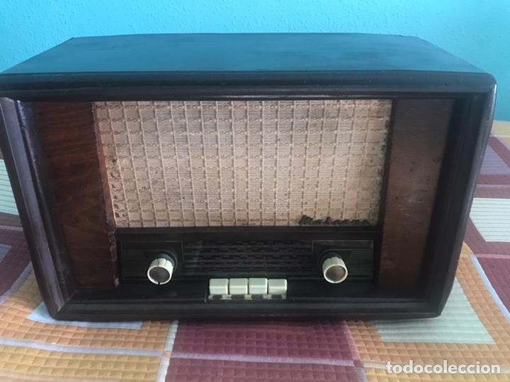 RADIO MARCONI VALVULAS FUNCIONANDO A 125 VOLTIOS (Radios, Gramófonos, Grabadoras y Otros - Radios de Válvulas)