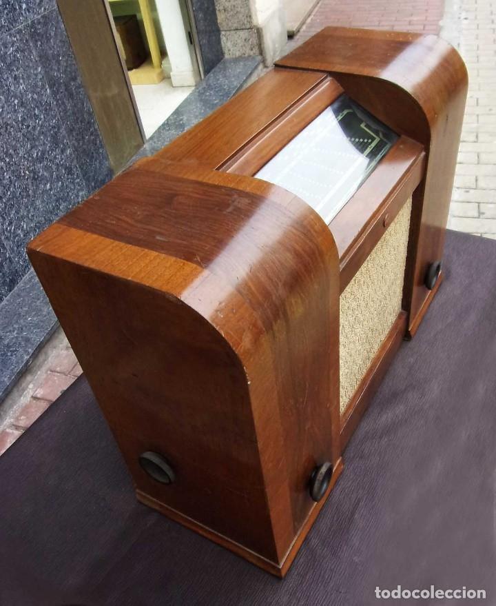 Radios de válvulas: ANTIGUA RADIO PHILIPS 461. FUNCIONANDO. 125 V. AÑOS 1937. ORIGINAL DE ÉPOCA. BUEN ESTADO. - Foto 7 - 178765505